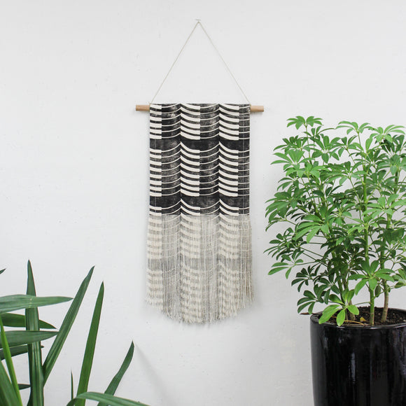 Medium Thick Thin Wave Wall Hanging in Black