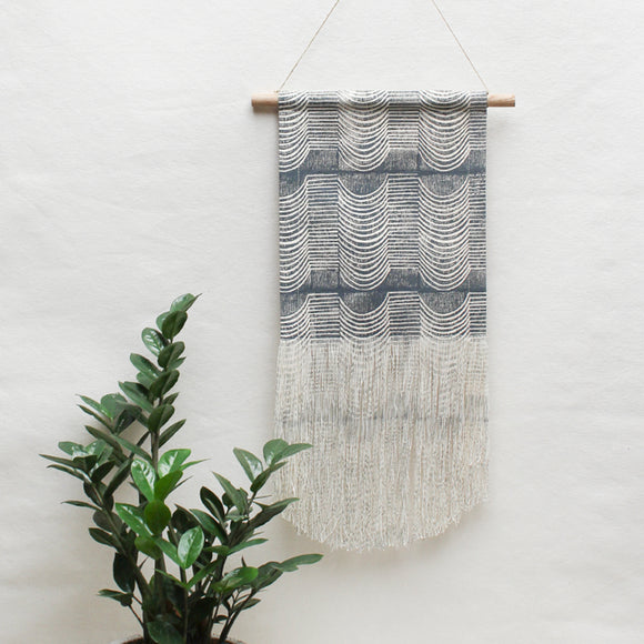 Medium Wave Wall Hanging in Black Pearl