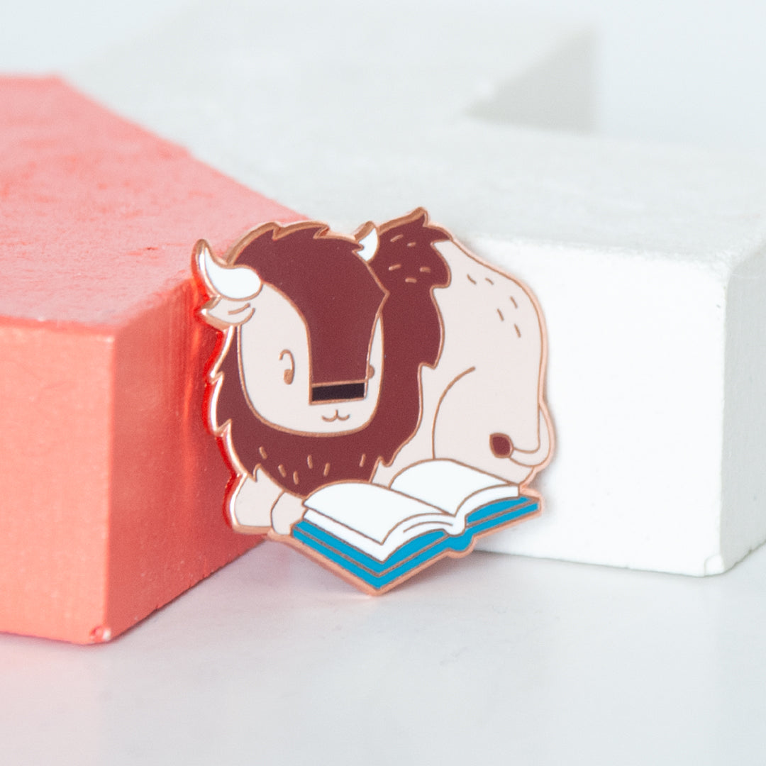 Bison Reading Enamel Pin