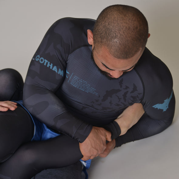 """Gotham"" Women's Rash Guard"