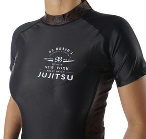 """Vintage"" Women's Rash Guard"