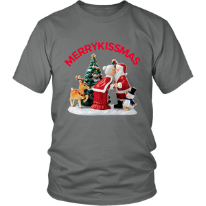 MerryKissmas Santa And Mrs. Claus Kissing Unisex T-Shirt grey