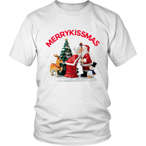 MerryKissmas Santa And Mrs. Claus Kissing Unisex T-Shirt white