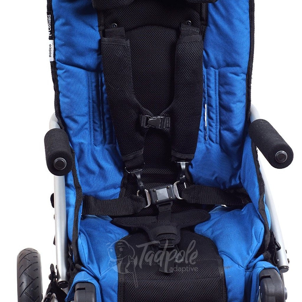 Convaid Rodeo in Blue, shown with armrests and 5-pt vest.