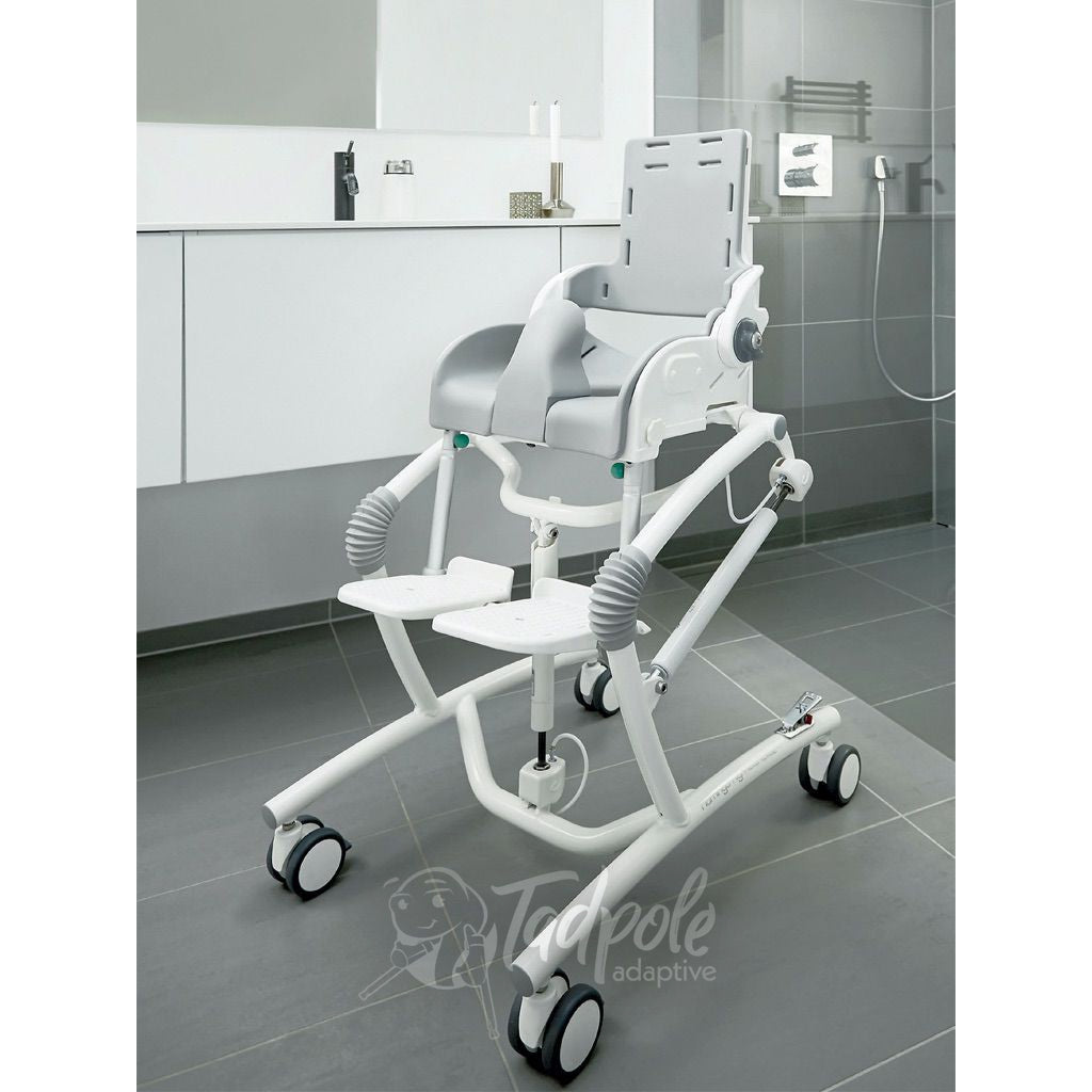 R82 Flamingo High-Low Toilet/Bathing Chair