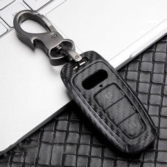 Carbon Fiber Pattern Hard Plastic Shell Protective 3 Button Key Fob Case Case Cover Holder Chain For AUDI A8 Q8 A6 A7 (2018 and newer)
