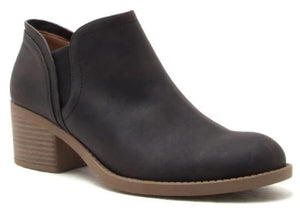 Ankle Booties Black & Tan. Faux material. 2/14 inch heal. Rubber soles.-footwear-TERRA COTTA BOUTIQUE