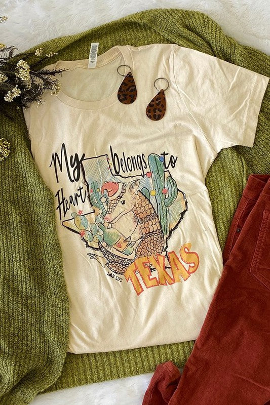My Heart Belongs To Texas. Cotton t-shirt.-Graphic T-Shirts-TERRA COTTA BOUTIQUE