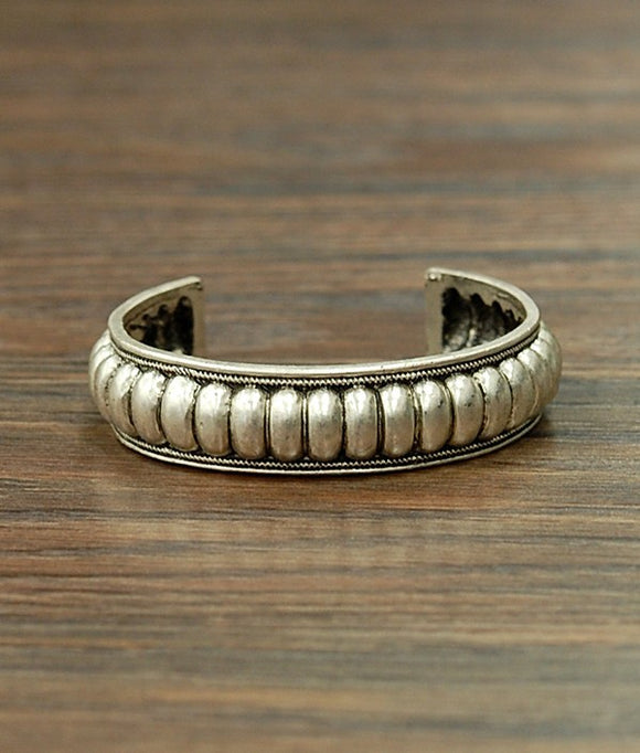 Antique Silver Cuff Bracelet-Accessories-TERRA COTTA BOUTIQUE