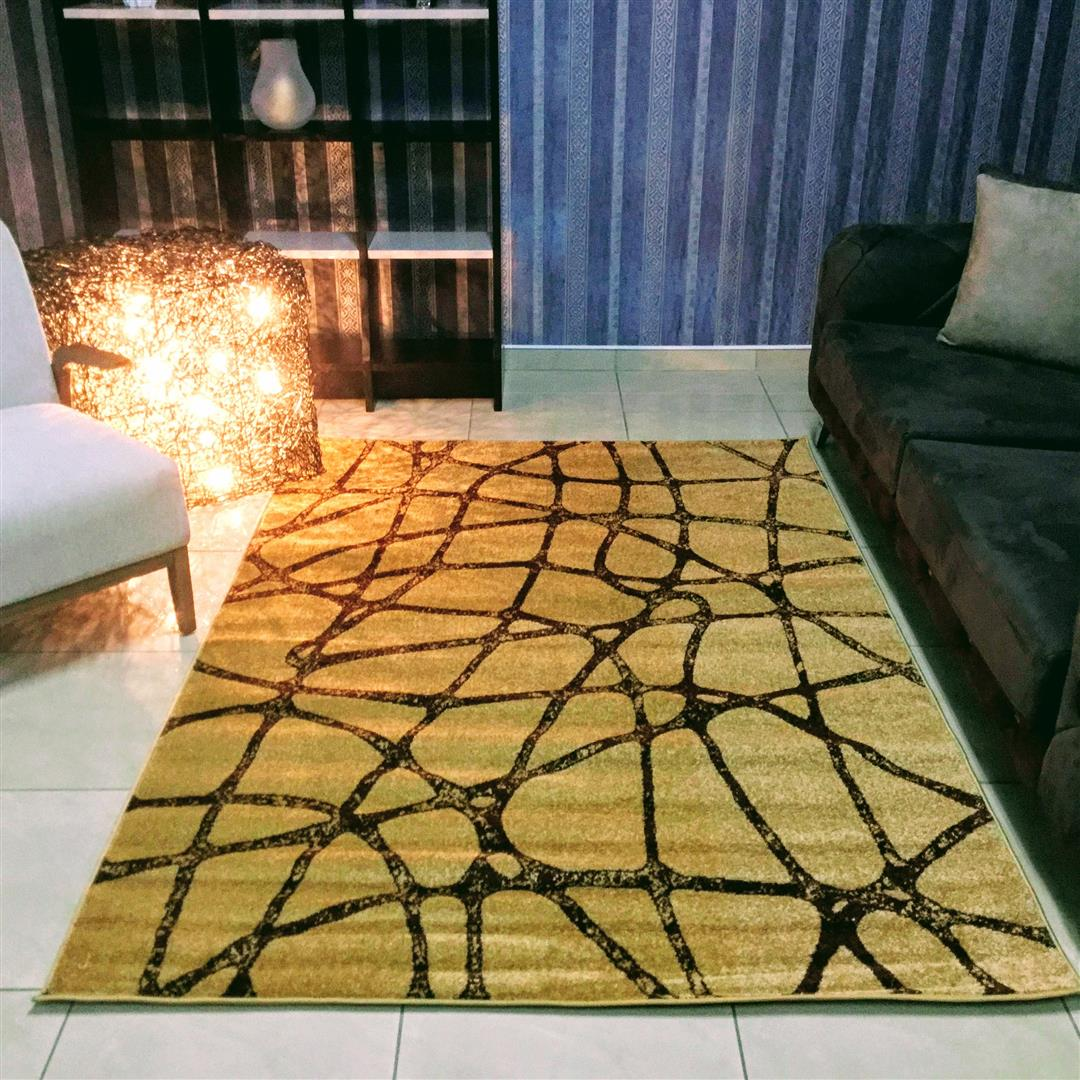 Addilyn Golden Beige Area Rug, Size 2.3 x 1.6 M - NuvoItalia
