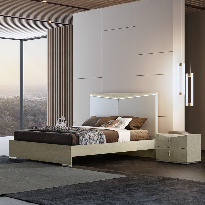 Sienna Bed and Pedestals by Perfect Line in Light Walnut, Size Queen - NuvoItalia
