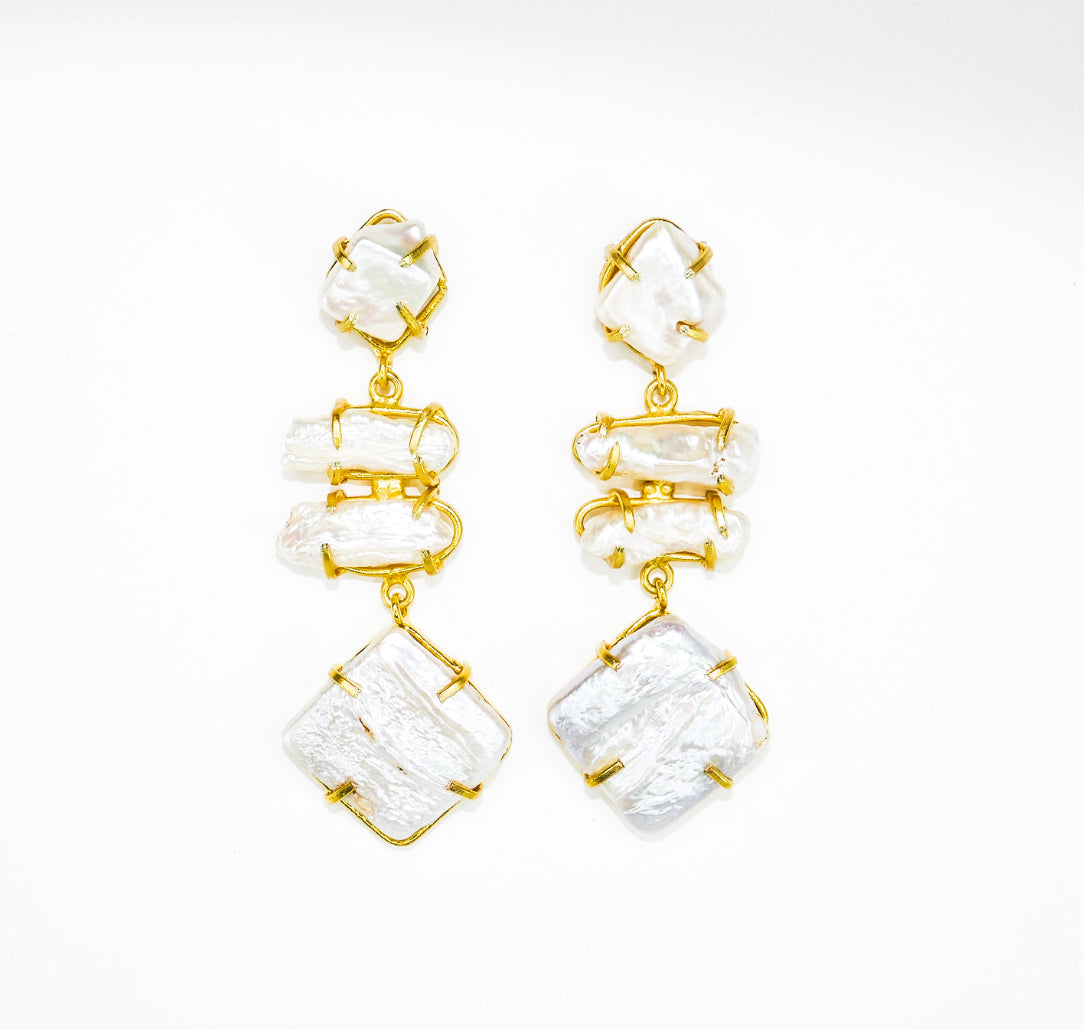 Isabel Pearl Drop Earrings