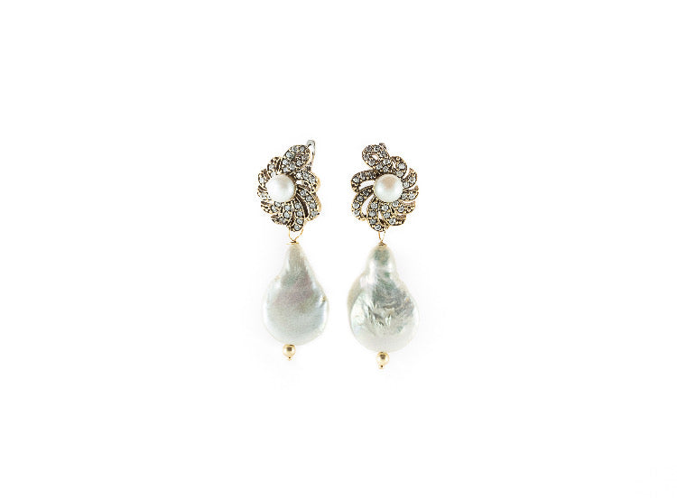 Rosa Pearl Earrings