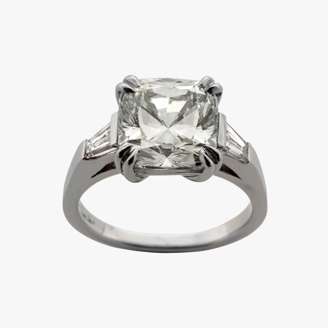 Cushion Cut with Tapered Baguettes