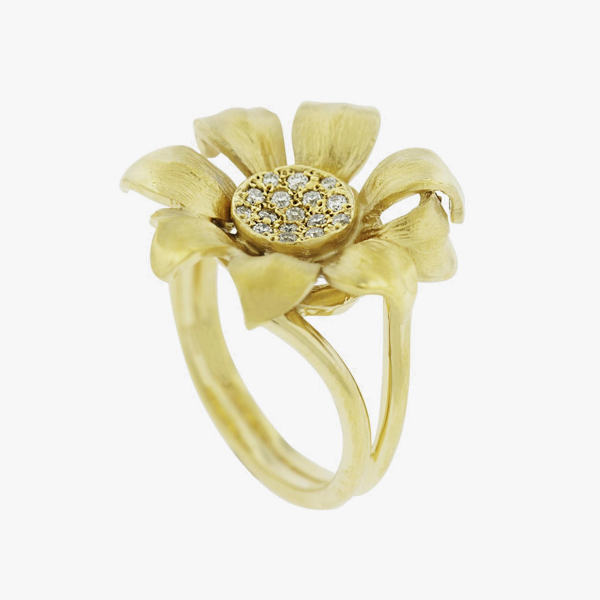 Yellow gold daisy ring partita yellow gold daisy ring mightylinksfo