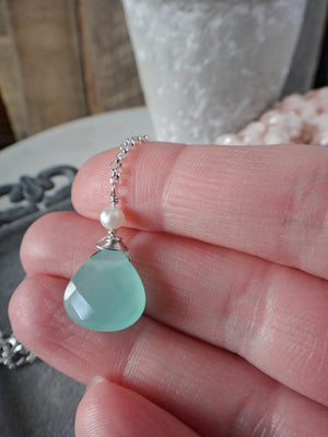 aqua teardrop necklace | aqua quartz and freshwater pearl necklace | beach vibes | rare soul jewelry | rare soul accessories