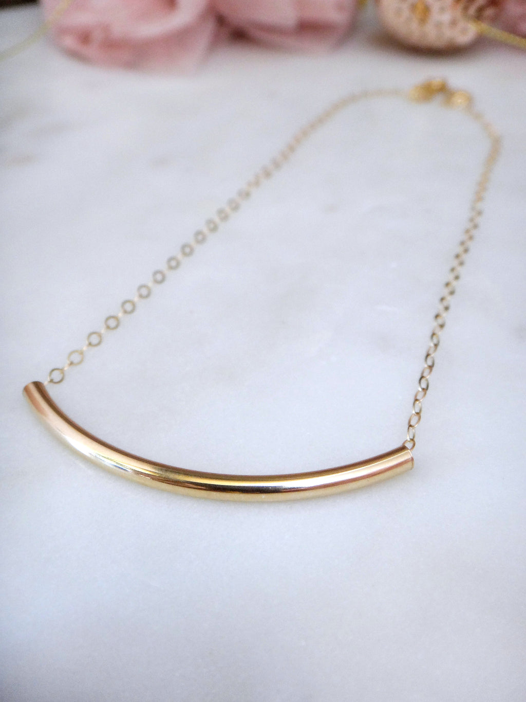 gold curved bar necklace | 14k gold fill curve necklace | minimalist | rare soul jewelry | rare soul accessories