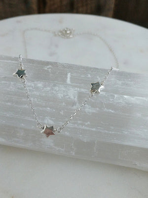 Sterling silver star necklace by Rare Soul accessories.