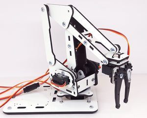 ArmUno Robotic Arm End Effector Gripper in Vertical Position