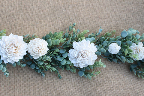 Ivory Sola Flower Table Garland