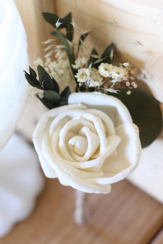 sola rose, Sola flowers, boutonniere, buttonhole,rustic, wedding flowers, rustic wedding,  groom flower