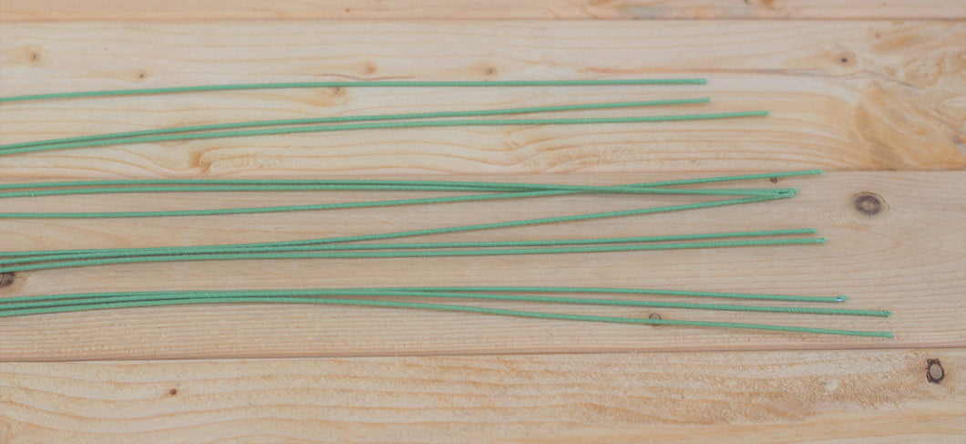 Green 18 Gauge Cloth Covered Floral Wire Stems