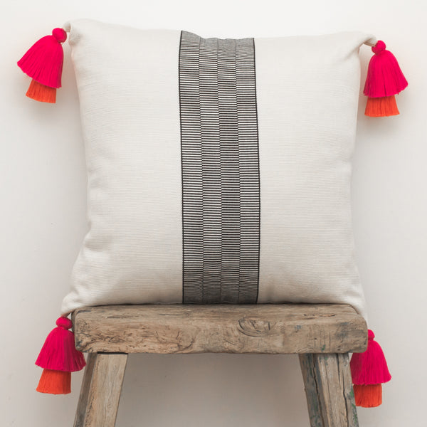 País Textil Cushion with tassels - Agent of Trade