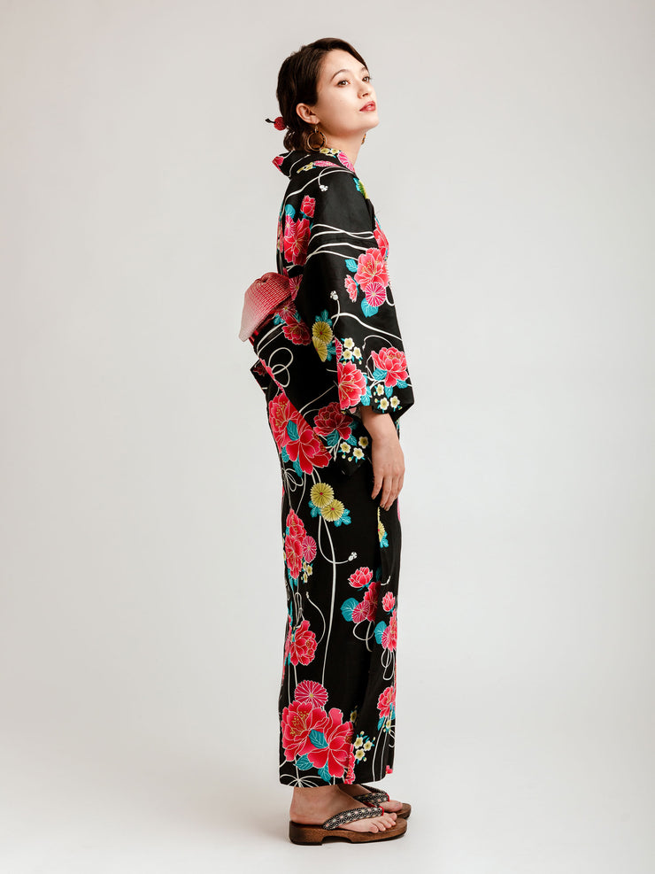Black Shiji Floral Yukata Side