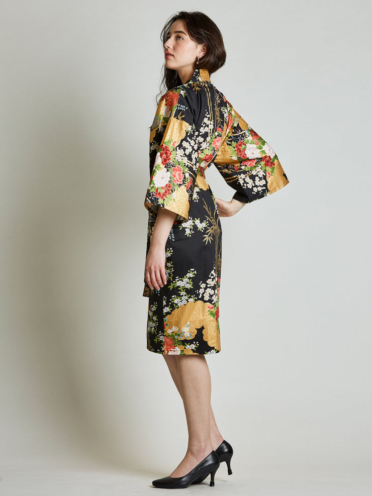 Japanese Floral Black Kimono Robe side view