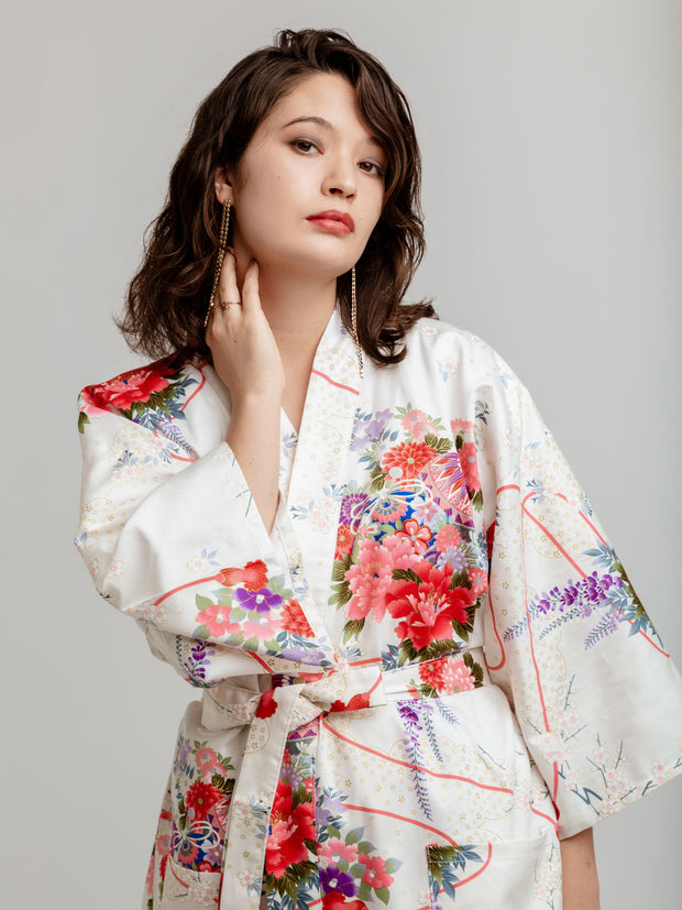 White Temari Floral Kimono Robe Close Up