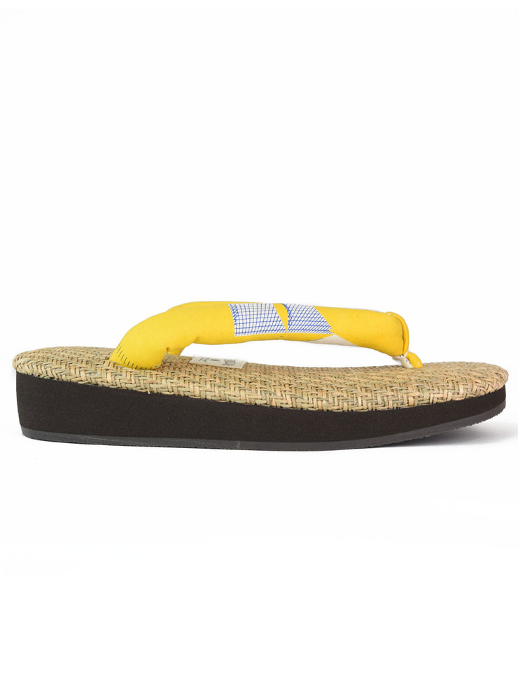 Grass Woven Setta Japanese Sandals in Lemon