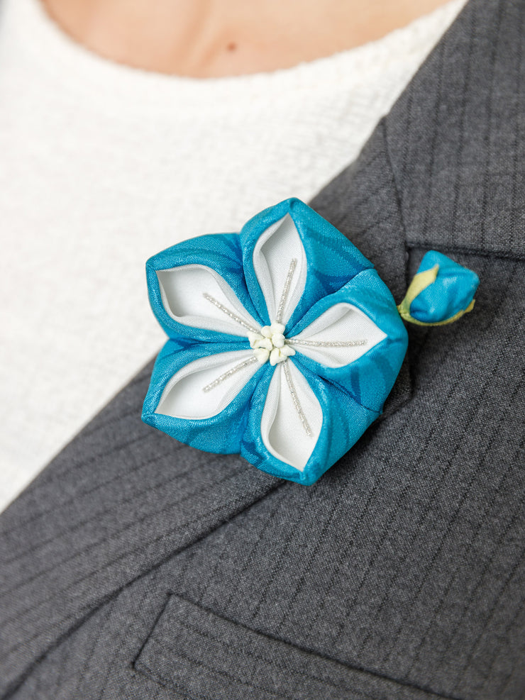 Bellflower Kanzashi Silk Brooch in Blue