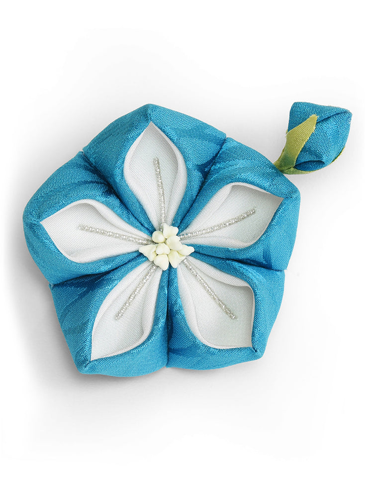 Bellflower Kanzashi Silk Hair Clip/Brooch in Blue