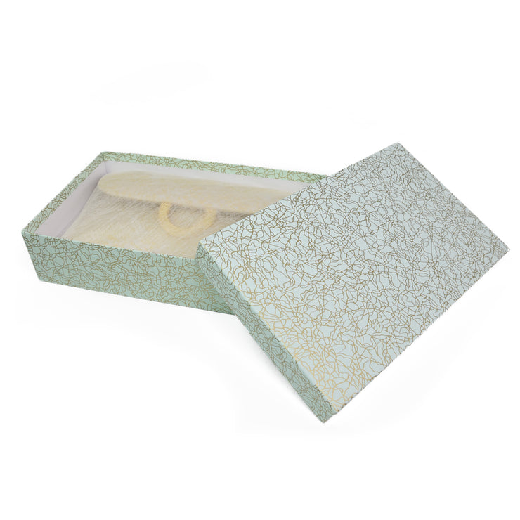 Kiku White Silk Clutch Gift Box