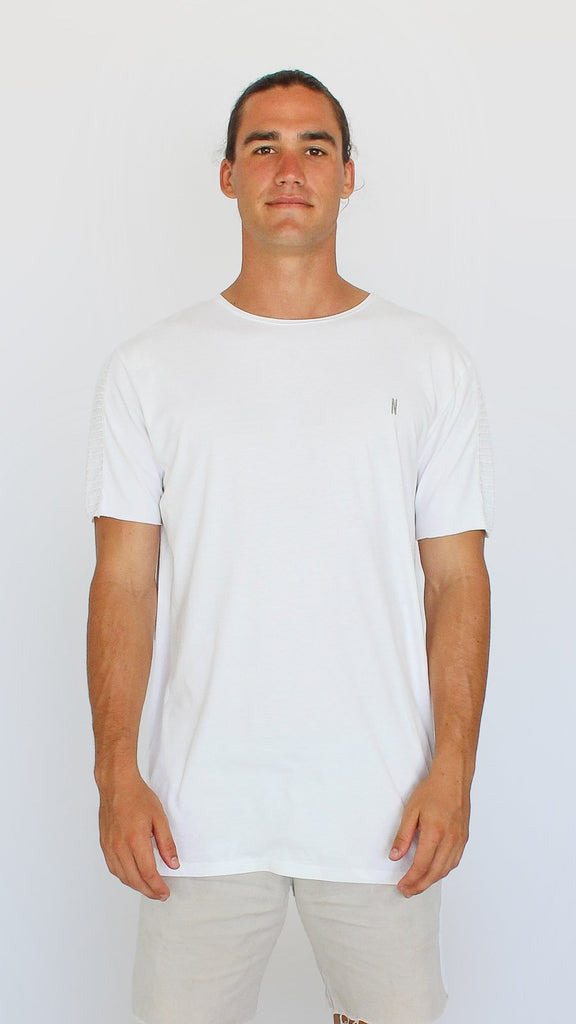 Ribbed Sleeved Tee