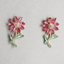 Load image into Gallery viewer, Ainsley Flower Earrings