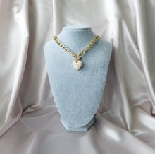 Load image into Gallery viewer, Zahra Pearl Heart Link Necklace - Rachel Rosh Malaysia