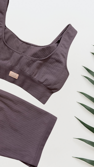 Ribbed Sports Bra - Plum