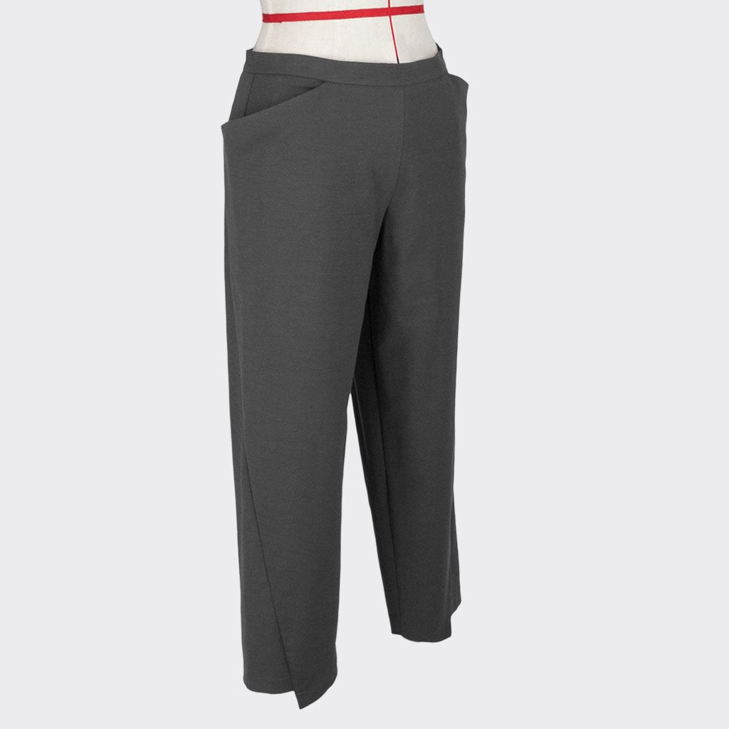 Womb Diagnonal Cut Tapered Pants Cotton Polyester Grey M