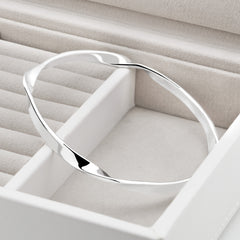 Eternal Twist Bangle (BGL8281)