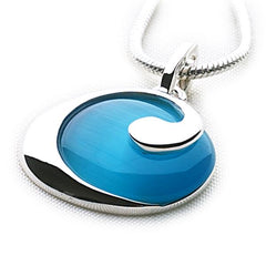 925 sterling silver pendant with rippling blue cat's eye