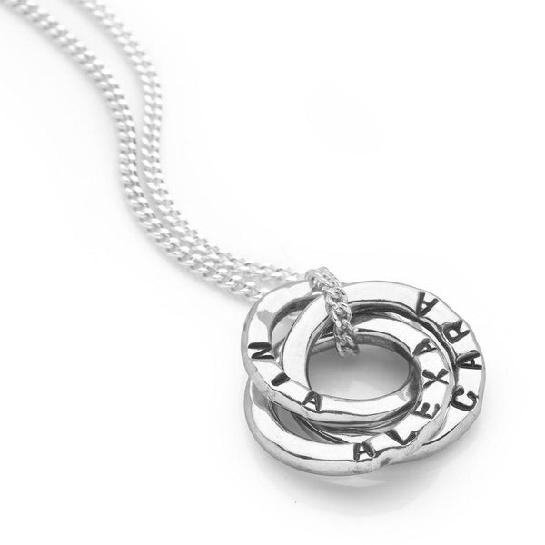 Three mini 925 sterling silver intertwined personalised rings pendant on a curb chain (P25091)