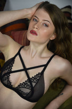 Load image into Gallery viewer, Ragdoll Lace Bralette - Amoreze