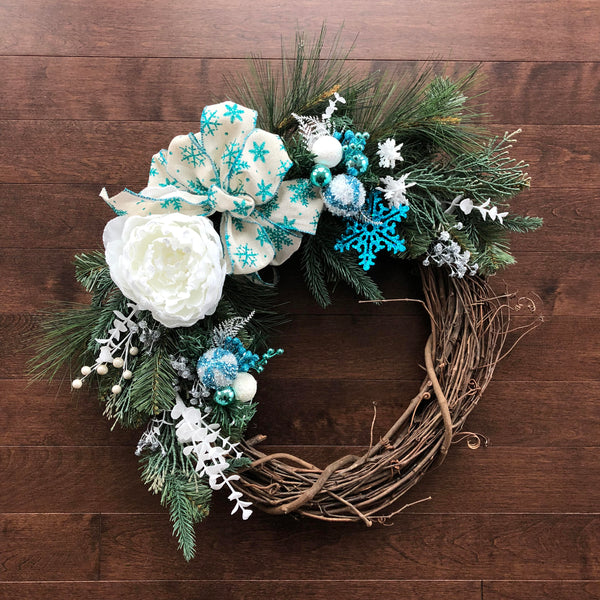 Winter Wreath, Winter Wreaths for front Door, Snowflake Decorations, Holiday Wreath, Wreath Christmas