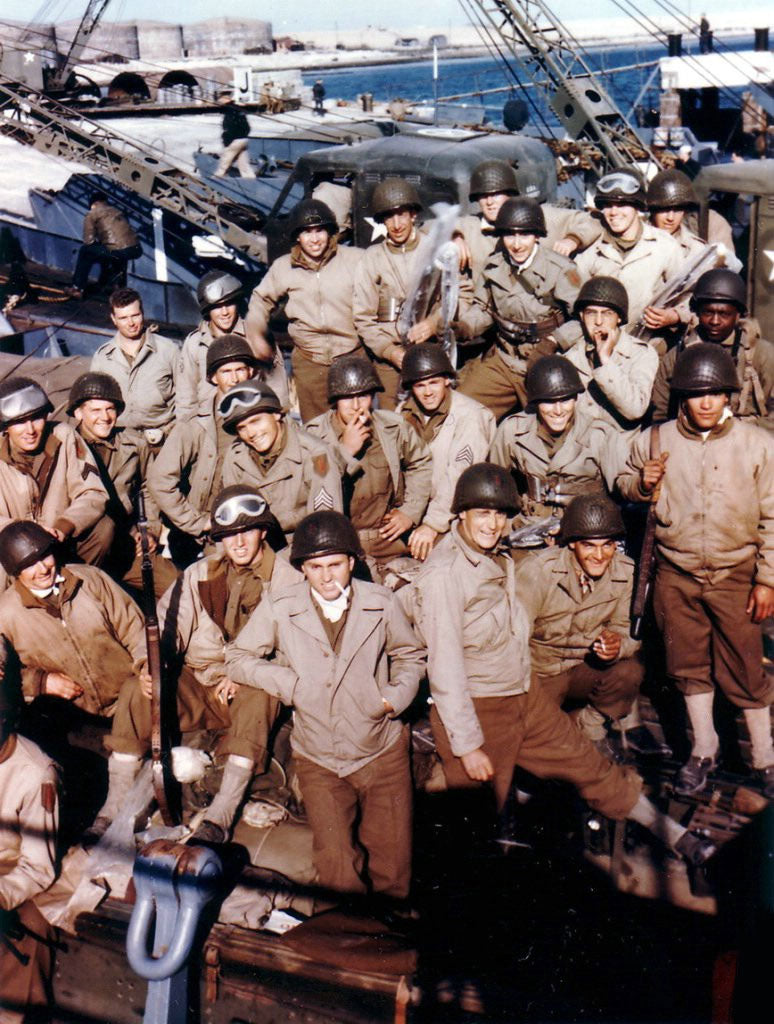 soldiers wearing the M41 jacket before the invasion of Normandy 1944