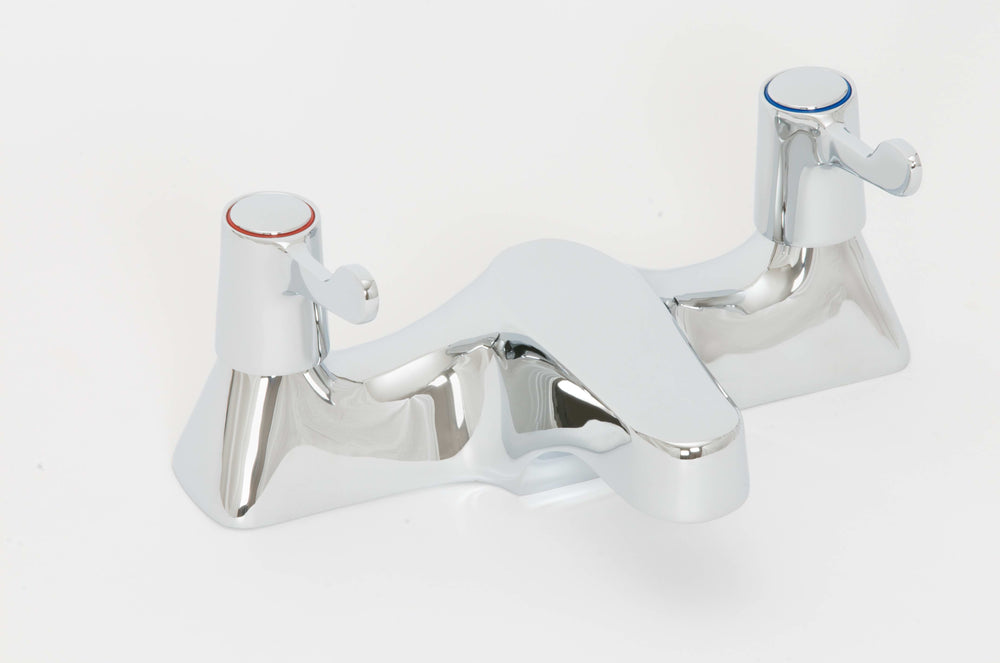 Skara Deck 1/4 Turn Lever Bath Filler