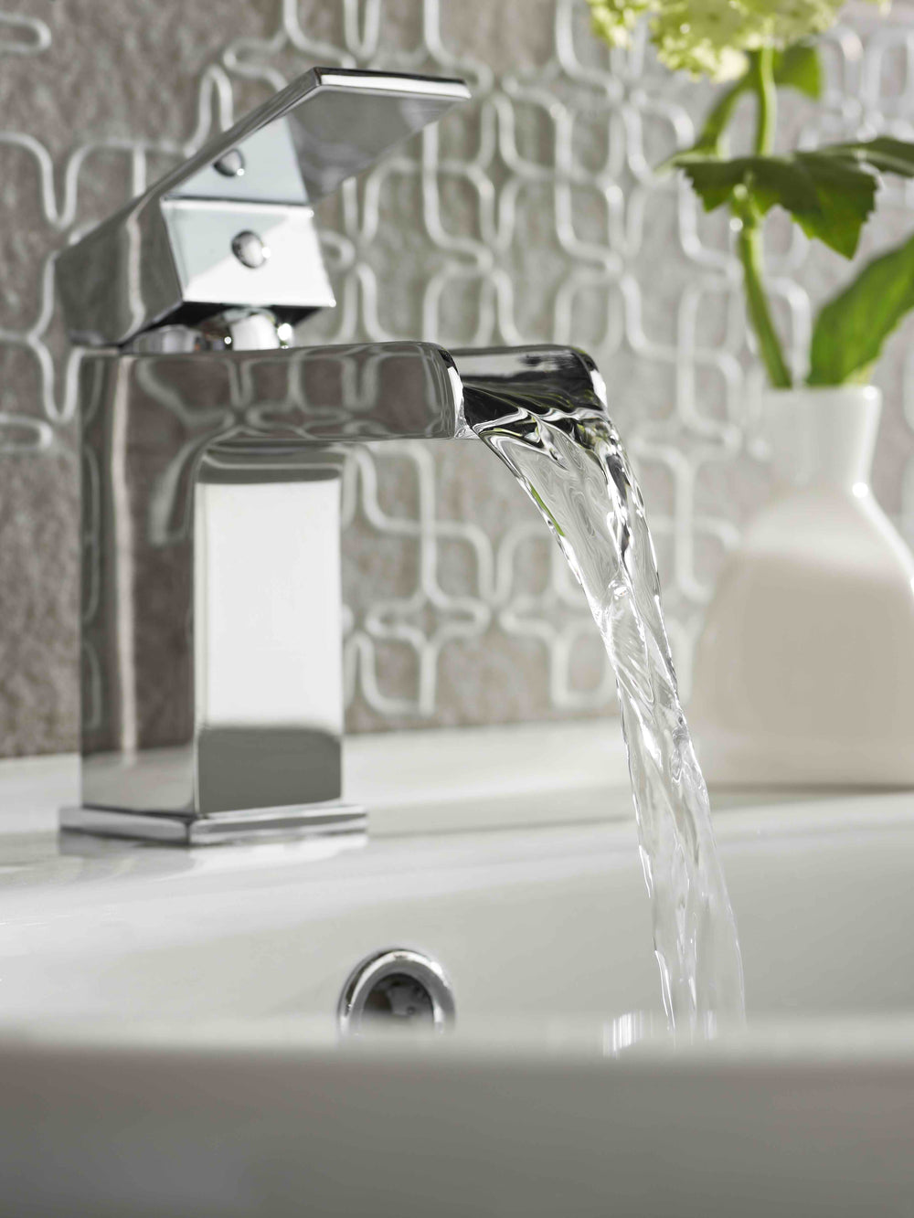 Balfron Mono Basin Mixer & Push Waste