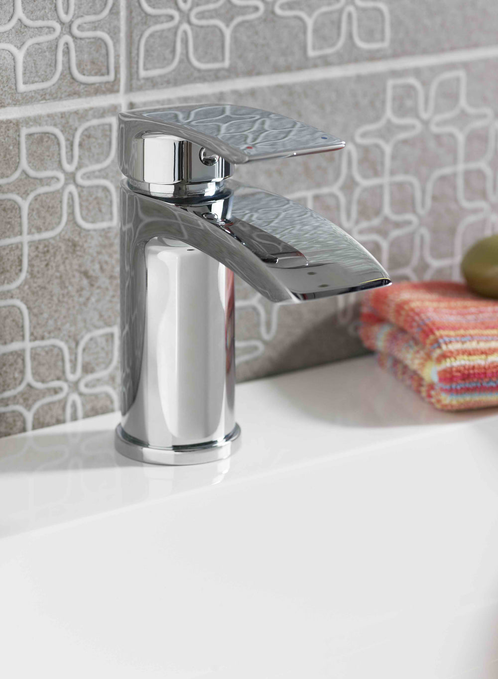 Coll Mono Basin Mixer And Push Waste