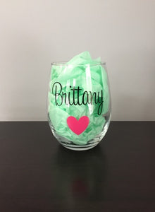 Personalized Stemless Wine Glasses | 18 Different Font Styles To Choose From!