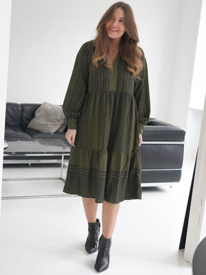 Vilda kjole Blå YAS | Fashion, Shirt dress, Tops